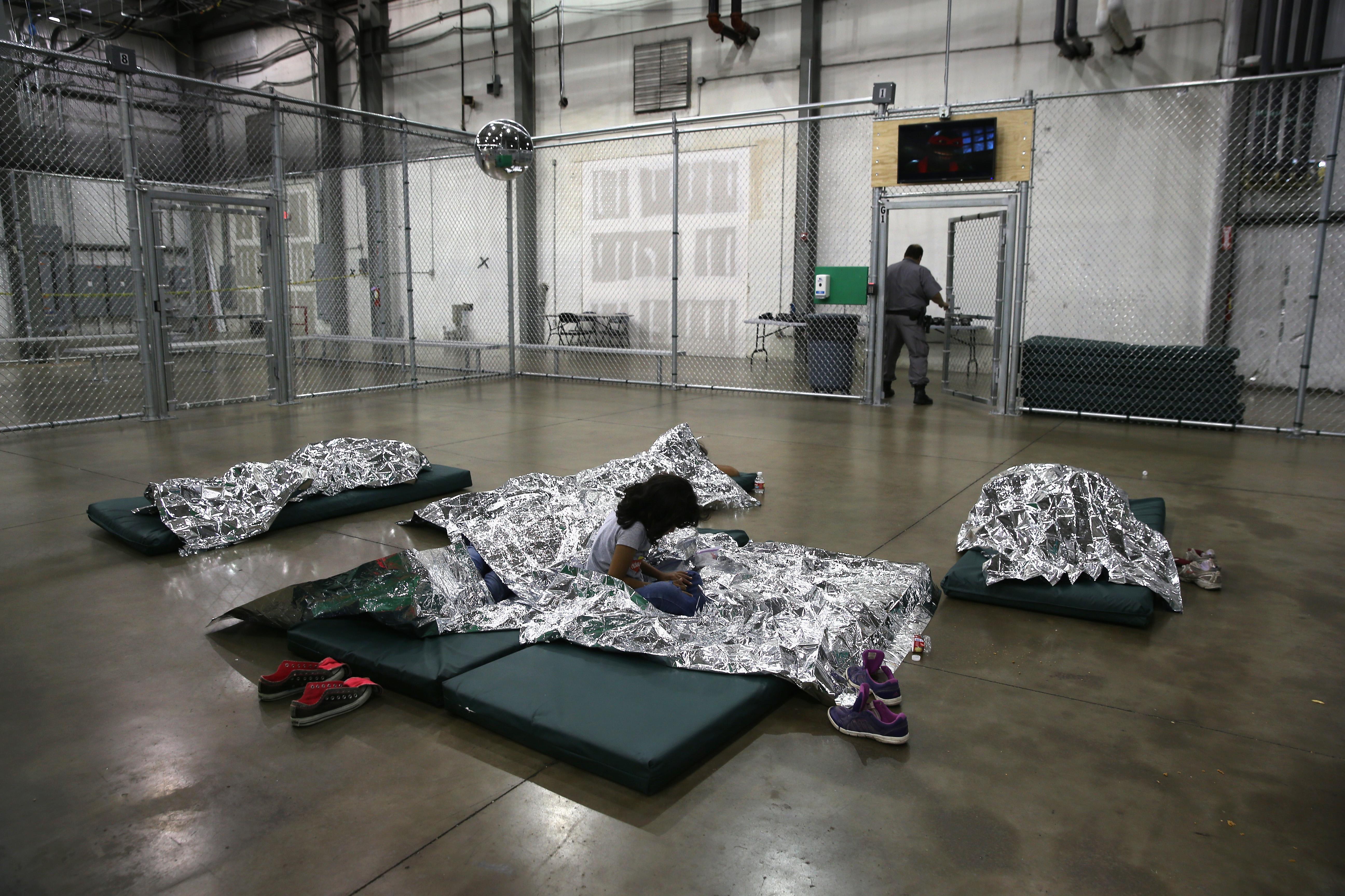 Los retratos de migración de John Moore mueve la conciencia en México y EU