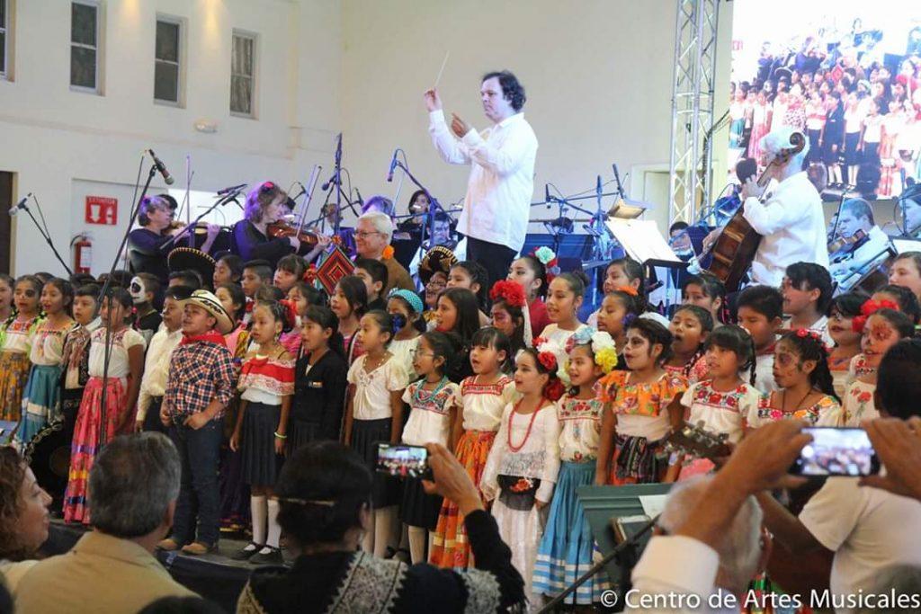 Tener una sinfónica es el sueño del gobernador de Baja California: