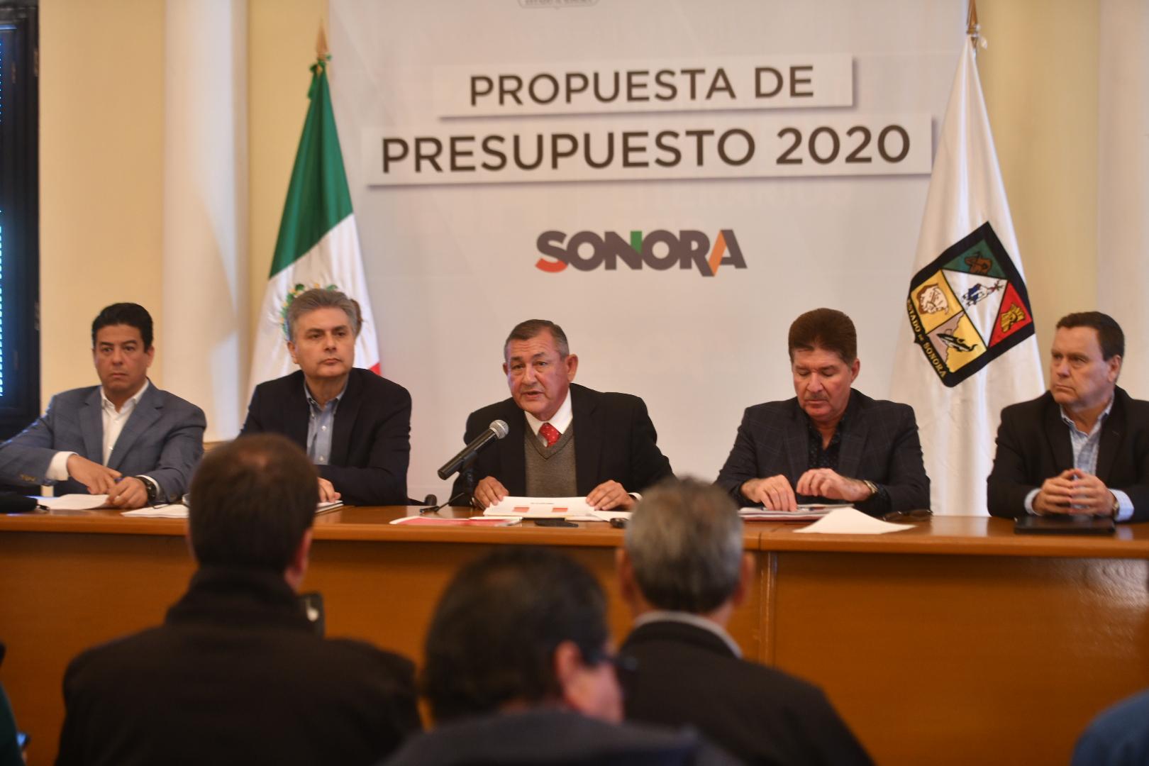 Sonora pedirá prestado mil 300 mdp para construir obra: Raúl Navarro
