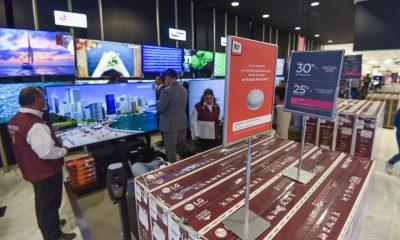 Los bajacalifornianos compran mil mdd de productos navideños en EU