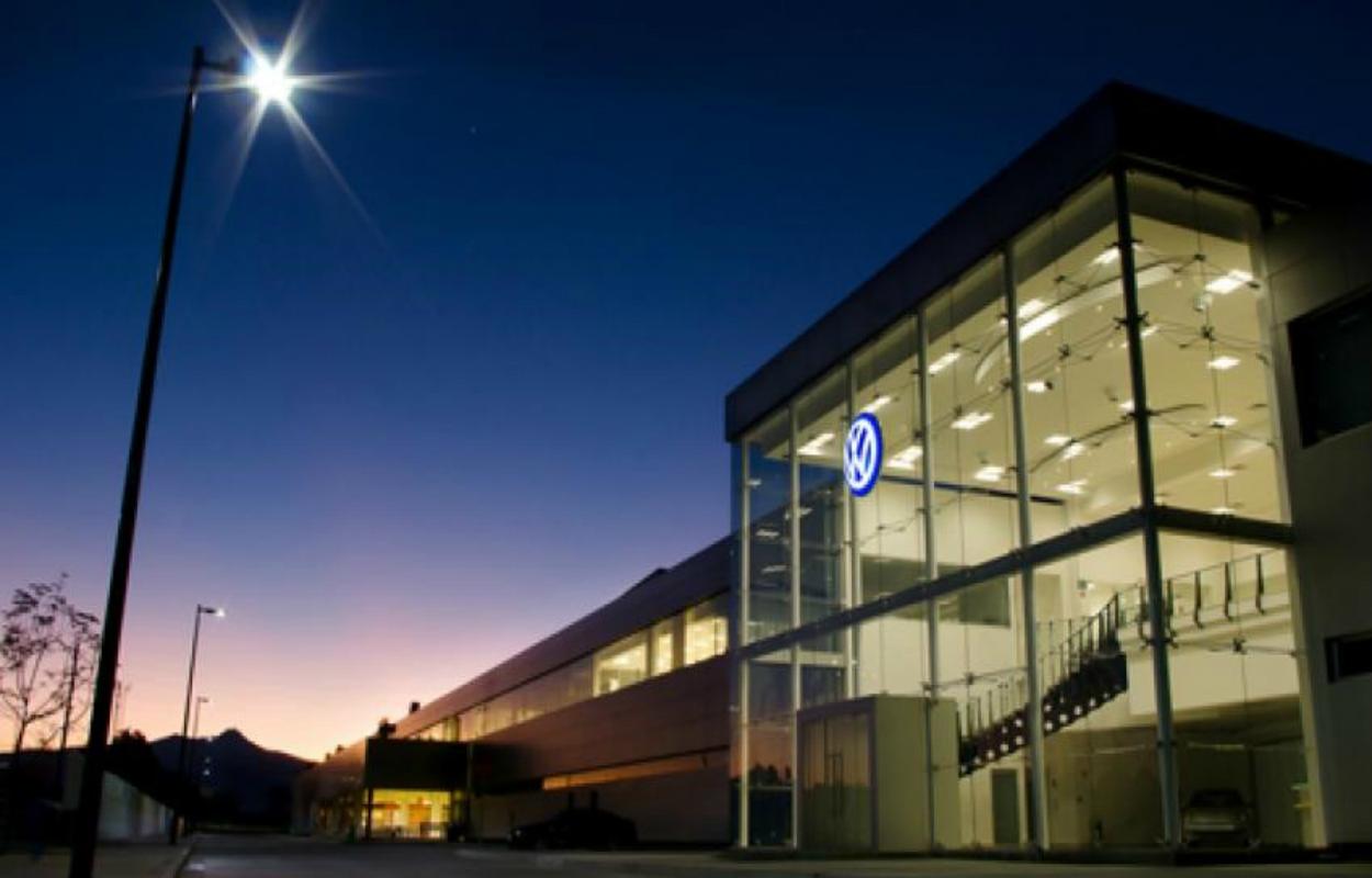 Aíslan a 8 empleados de Volkswagen por coronavirus en Guanajuato