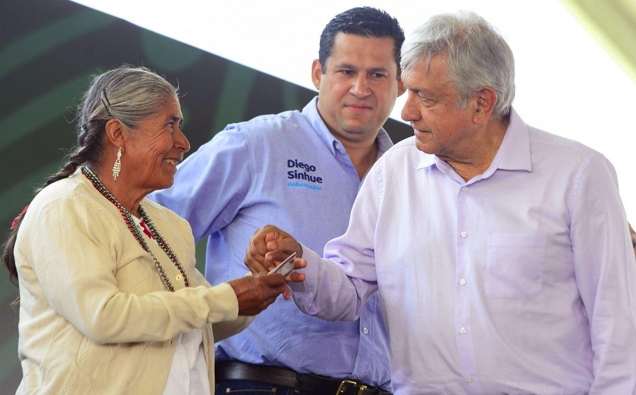 Diego Sinhue Rodríguez contesta a AMLO: gracias al crecimiento económico hay medicinas y se redujo la pobreza