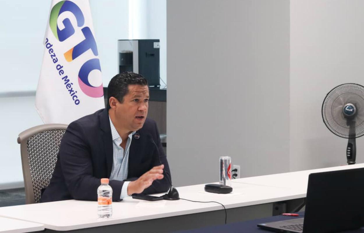 Diego Sinhue exige a la CFE reducir el precio de la luz por la crisis del Covid-19