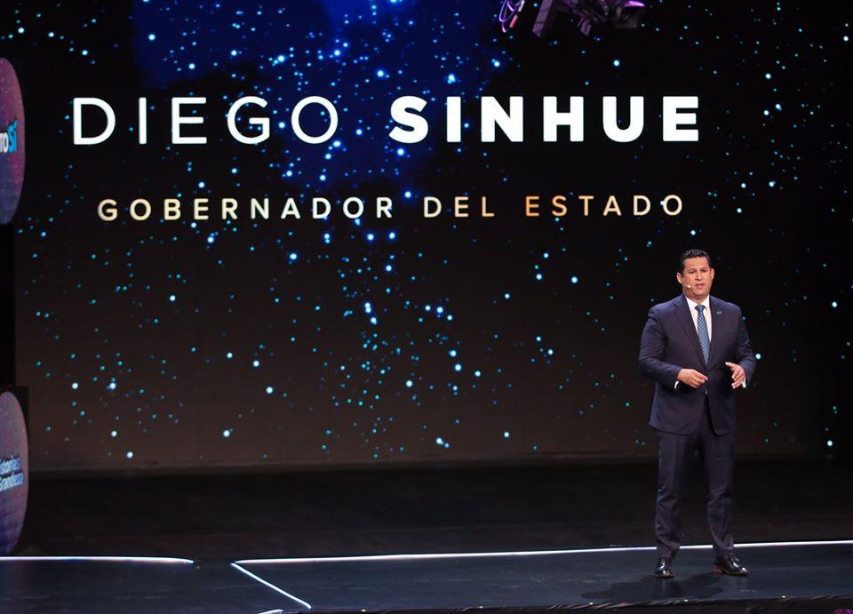 Diego Sinhue Rodríguez apuesta por un nuevo puerto seco, carreteras y vivienda para sortear la crisis