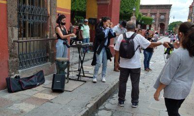 Suspenden espectáculo callejero de Flor Amargo