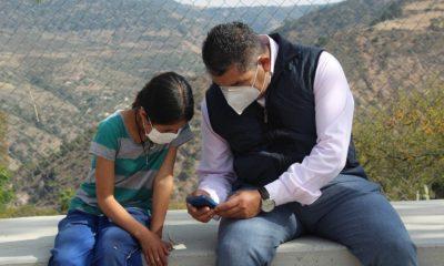 estudiantes celulares educación